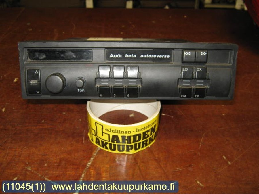 Radio Cassette / Stereo 8, Audi A4, S4 -1997