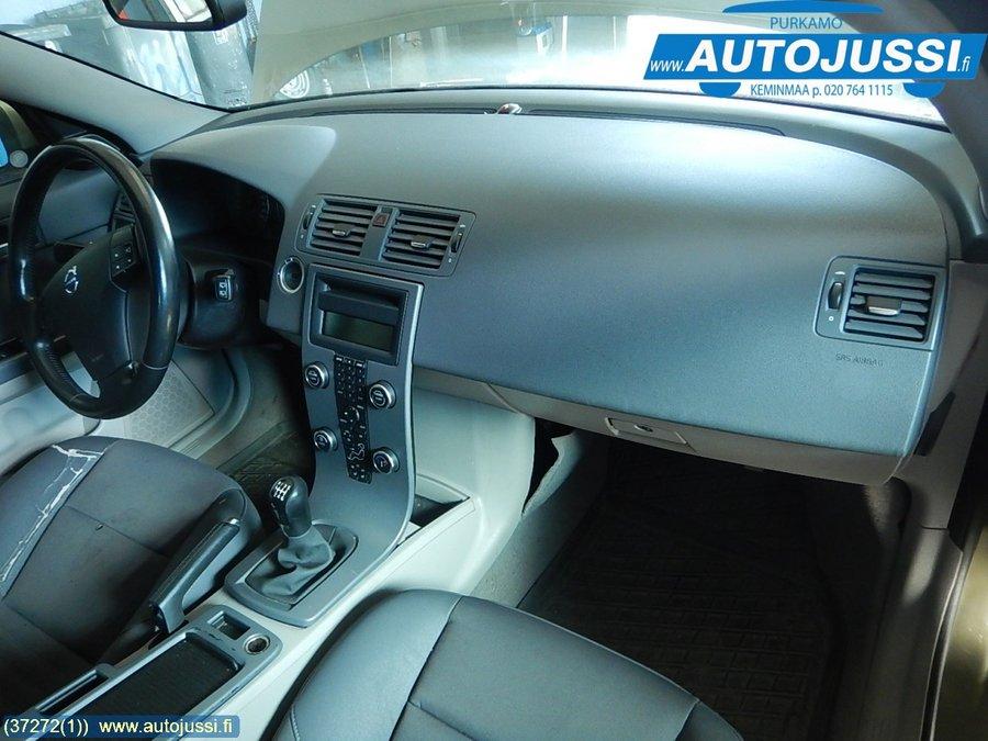 Kojelauta Volvo V50 2009