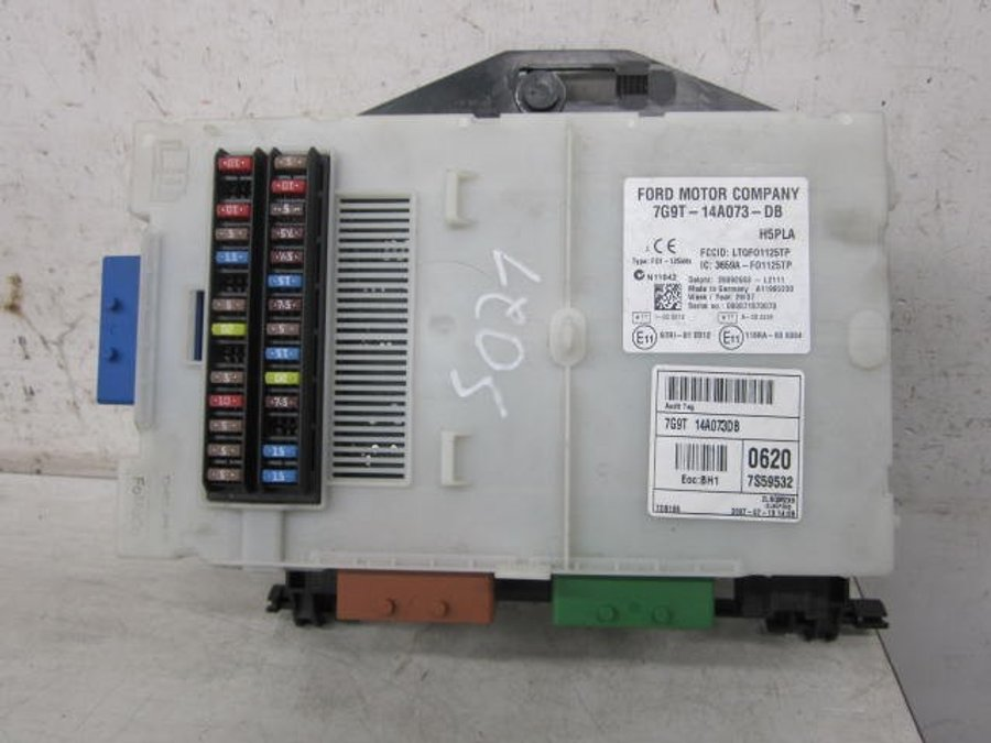 fuse box electricity central 7g9t 14a073 db ford mondeo 2007 rh varaosahaku fi DB Small Box DB Box Plastic