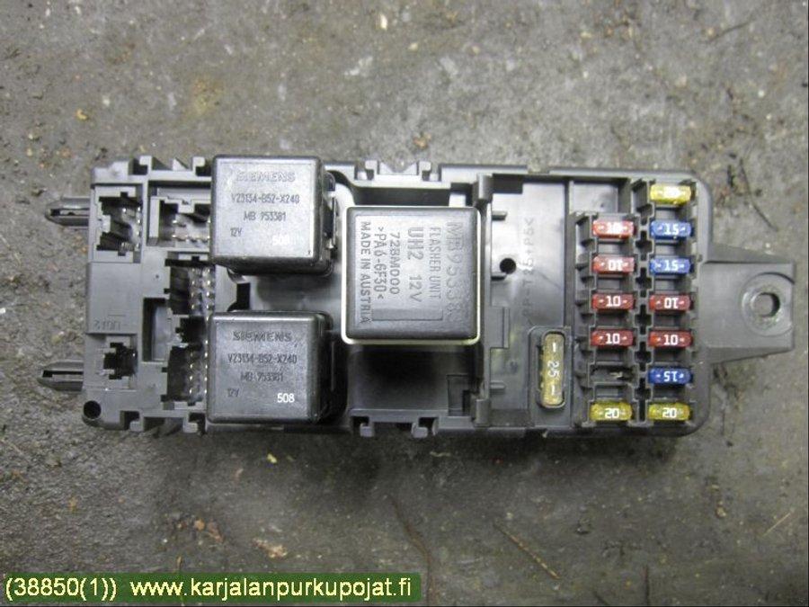 fuse box / electricity central - volvo s40, v40 96-04 -1999  varaosahaku