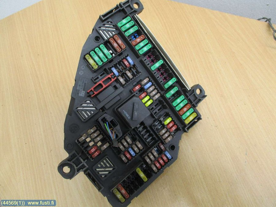 Fuse box / Electricity central, BMW 5-Series -2016  Bmw Fuse Box on