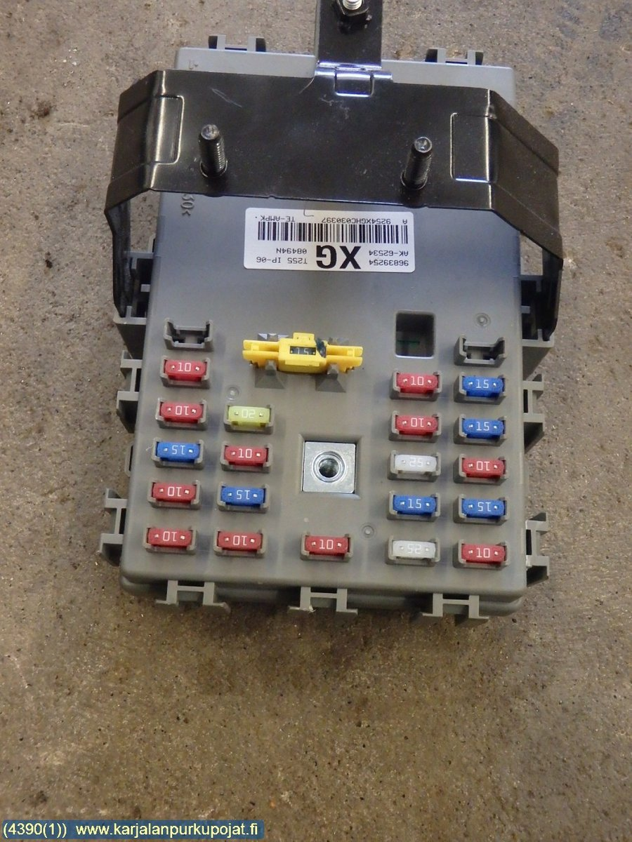 Fuse box / Electricity central, Chevrolet Aveo -2009 Chevrolet Aveo Fuse Box on