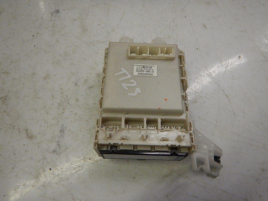 fuse box electricity central (82730 02130 a) toyota auris 2008 toyota valve cover toyota auris fuse box #31